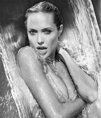 Jolie'nin şok pozları - 62
